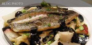 銀座京橋フレンチイタリアン居酒屋東京バルバリのイサキといろいろな貝のブレゼ ジューとサザエの肝のソース