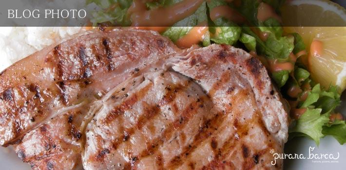 ジューシーポークグリルとトマトサラダのランチプレート