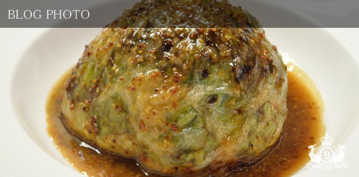 京橋フレンチイタリアン居酒屋東京バルバリ仔羊と春キャベツの重ね焼きカイエット仕立てマスタードソース